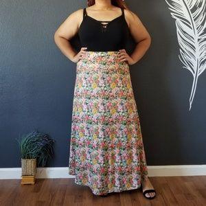 Dresses & Skirts - Floral Maxi Skirt